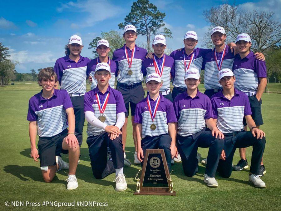 Boys varsity golf team wins District 21-5A championship